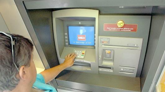 No hay denuncias de fraudes con cajeros autom ticos en la for Ingresar dinero cajero abanca
