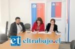 La Seremi del Trabajo y Previsión Social, Karen Medina y la Directora Regional de Sernam, Waleska Castillo.