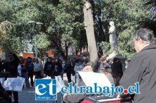 Orfeón Municipal en la esquina de Prat con Coimas animó la celebración del arribo de la época más fría del año.