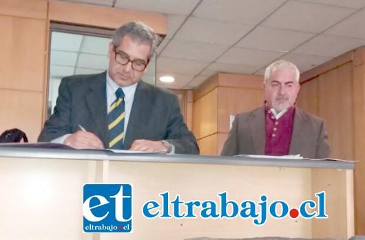 EUGENIO CORNEJO.- Este viernes 1 de julio, el exconcejal Eugenio Cornejo Correa, inscribió su candidatura a la Alcaldía de la ciudad de San Felipe.
