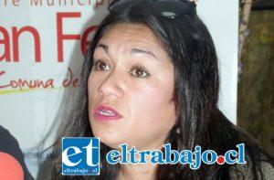Mariana Bravo, encargada del Programa Municipal de Tenencia Responsable de Mascotas.