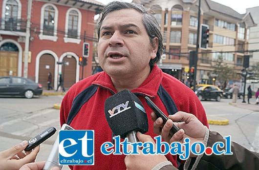 MIGUEL HENRIQUEZ.- Concejal del PC de la comuna de Los Andes.