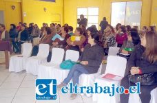 Sesenta mujeres sanfelipeñas participaron de jornada de capacitación 'Un camino hacia la Autonomía de las Mujeres', organizada por la Oficina Municipal de la Mujer junto a Prodemu.