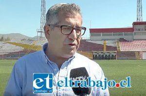 Eugenio Cornejo, candidato a alcalde por San Felipe, propone mejoras para el Estadio Municipal.