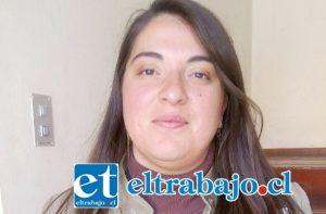 Pía Olivares, profesional encargada de ejecutar el proyecto 'Más Garantías para un Aconcagua informado'.
