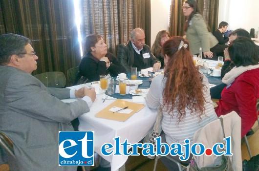 Último conversatorio de Educación Previsional, contó con la presencia del exalcalde de San Felipe, Jaime Amar y del consejero regional Rolando Stevenson.