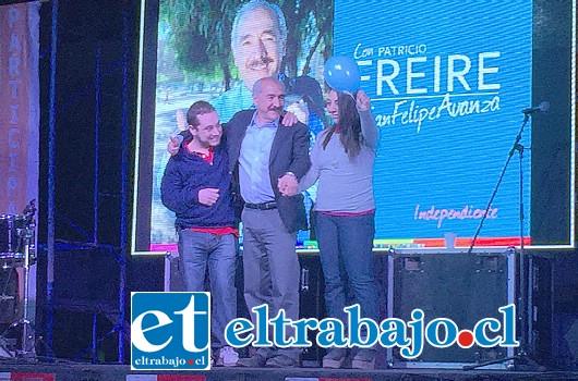 Feliz y muy entusiasmado se mostró el actual alcalde y candidato a la reelección Patricio Freire Canto, en el lanzamiento de su campaña realizada con un gran marco de público en la tarde del pasado viernes.