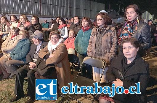 Numerosas personas llegaron a entregar su respaldo a Patricio Freire Canto en el lanzamiento de su repostulación como alcalde de San Felipe.
