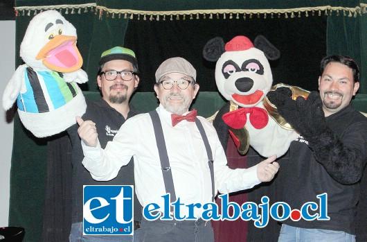 FAMILIA DE ACTORES.- Ellos son Rolando Olmos (padre e hijo) y Jonathan Olmos (ausente Sebastián), dos generaciones de artistas chilenos que este fin de semana lo pasaron de maravilla con los niños sanfelipeños.