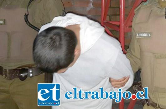 El imputado de 39 años de edad fue detenido por Carabineros de la Subcomisaría de Llay Llay.