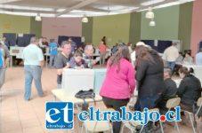 Con normalidad y fluidez los electores sufragaron en la Escuela Bernardo O´Higgins de San Felipe.