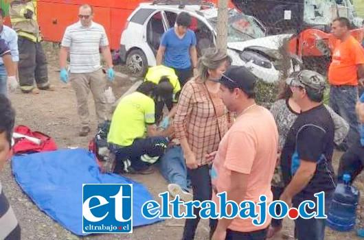 Al menos ocho heridos y de estos, cuatro de gravedad fue el saldo del accidente la tarde de este sábado.