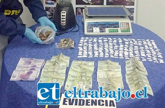 MICROTRAFICO SANTA MARÍA: La PDI incautó este viernes las sustancias ilícitas desde la vivienda de la imputada en la Villa Los Aromos de Santa María.