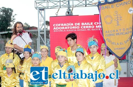 BAILES CHINOS.- La Cofradía de Baile Chino Adoratorio Cerro Mercacha, de la comuna de Los Andes, recibió su galardón en la categoría 'Actividad cultural de participación ciudadana'.