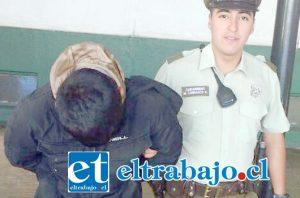 El imputado de 16 años de edad, fue detenido por Carabineros como autor de robo con intimidación, siendo trasladado hasta un centro del Sename mientras se investigan los hechos. (Foto Archivo).