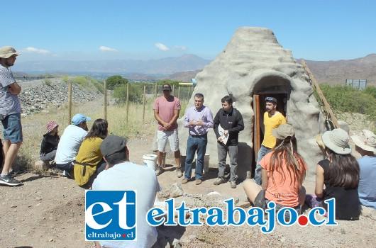 Durante el último fin de semana, se desarrolló el tercer taller. Oportunidad en la que se enseñó técnicas de construcción en quincha, súperadobe y revestimientos o revoques naturales.
