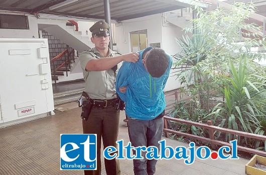 El detenido Dámaso Olivos Cortés, de 20 años, registra un nutrido prontuario policial y fue dejado en prisión preventiva.