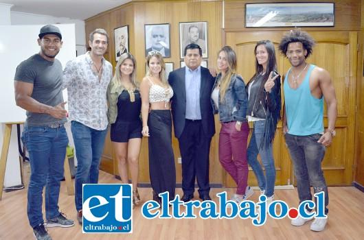 En el evento participaron conocidos personajes, tales como Pablo Schilling, Adriana Barrientos, Romina Salazar y Aynara Eder, entre otros modelos.