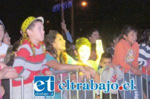 Por tercera vez consecutiva, Calle Larga recibirá el Año Nuevo con un gran show de fuegos artificiales y música en vivo, para entretener a toda la comunidad, en un ambiente familiar y seguro.