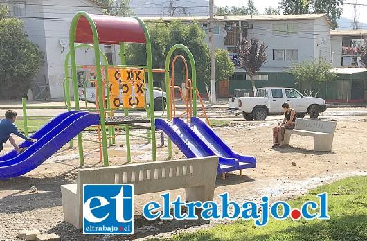 Los vecinos de la Villa Departamental se encuentran felices por los avances en las intervenciones para la creación de una zona de áreas verdes, que incluye juegos infantiles.