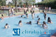 Actividades acuáticas se desarrollarán para los niños en el Estadio Fiscal.