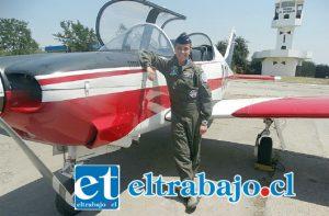 Vannia Aburto, hija de trabajador de Andina egresa como 'mejor alférez' de la Escuela de Aviación de la Fach.
