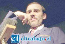 TREMENDO MONTAJE.- Él es Juan Salvador Tramoya, el personaje principal de la obra de teatro que se presentará a las 19:00 horas en el Roberto Barraza.