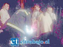 El vecino fue asistido por personal de Bomberos de Santa María. (Fotografía: Emergencia Santa María).