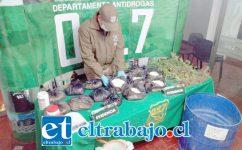 Personal de OS7 de Carabineros Aconcagua incautó 14 kilos de pasta base, plantas de cannabis sativa y diversos químicos desde el inmueble del imputado en Población Luis Gajardo Guerrero de San Felipe.