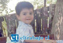 Una familia resultó devastada por el dolor de perder a su pequeño hijo de solo 2 años de edad, Mateo Piñones Cuevas, quien fue atropellado en el sector El Asiento este domingo.