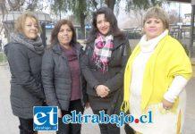 De izquierda a derecha Mónica Cabrera, Erika Álvarez, Paola Mendoza Méndez (grafóloga) y Marianela Rocco.