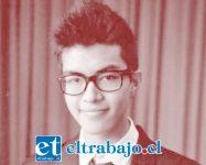 Vicente Díaz Galleguillos, de 21 años de edad y estudiante de Derecho en la Universidad de Chile, continúa luchando por su vida.