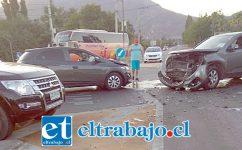 Al menos diez personas resultaron heridas en la última colisión registrada este domingo, donde se vieron involucrados tres vehículos.