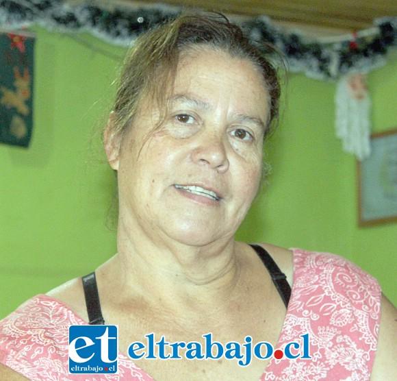 Clara Araya Cornejo, madre de Darío.