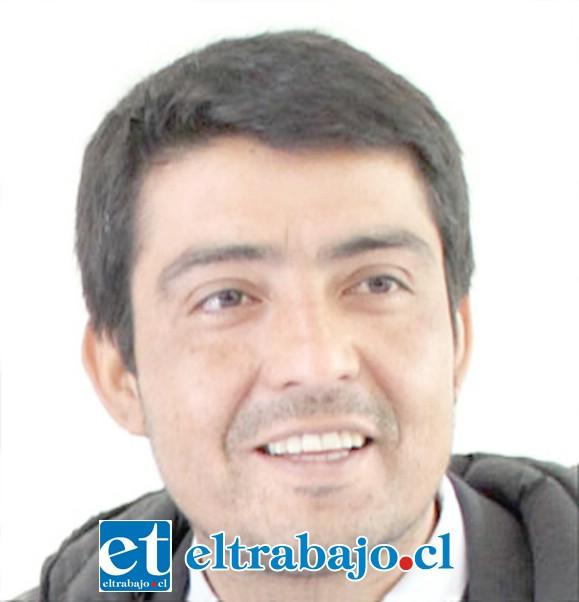 GUARDÓ SILENCIO.- Marcelo Salinas, director del DAEM Rinconada, tuvo la oportunidad de explicar a la opinión pública esta situación, pero no lo hizo.