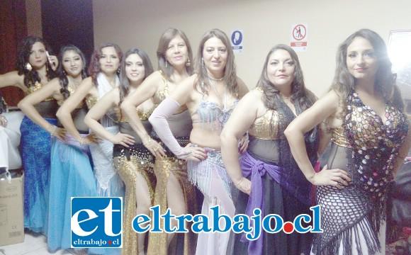 HOY ES LA CITA.- Aquí tenemos a varias de las mejores bailarinas que hoy se presentarán a las 20:30 horas en el Teatro Municipal de San Felipe.