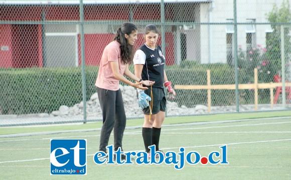 Para la entrenadora del seleccionado sanfelipeño, Rosario Campos, era muy importante que su escuadra pudiera entrenar en una cancha artificial.