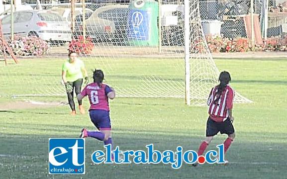 Dos selecciones del valle de Aconcagua (San Felipe y Rinconada) se metieron a las semifinales del Regional de Mujeres.