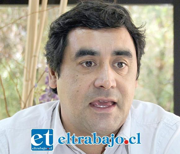 Alcalde subrogante de San Felipe, Claudio Paredes.
