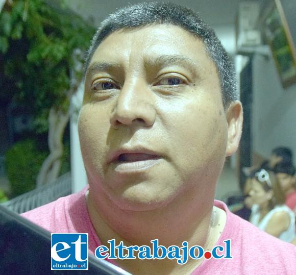 Mario Núñez: «No conocía las historias que escuché esta noche, ya había venido a este cementerio pero ignoraba las historias de las personas que están aquí sepultadas, fue un interesante recorrido».