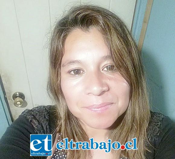 Madre de la niña, doña Cristina Puebla.