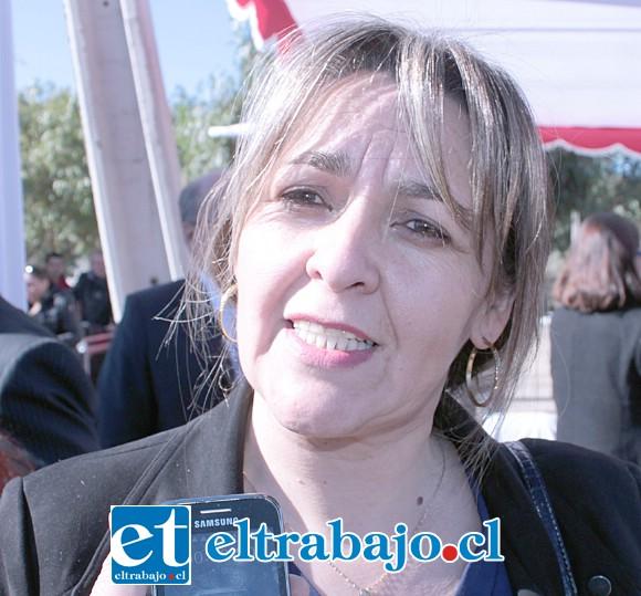 Trabajadora social Patricia Boffa, funcionaria del Serviu San Felipe-Los Andes.