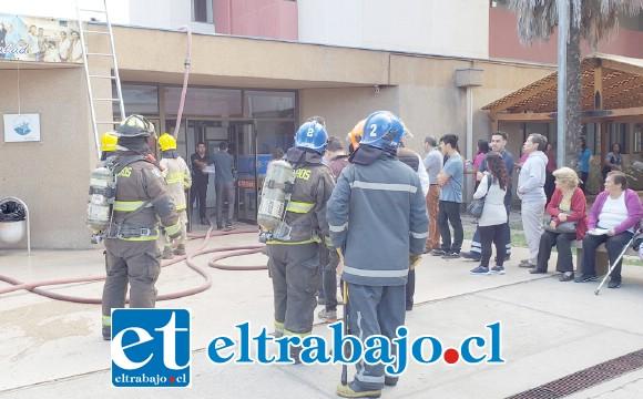 El incendio ocurrió cerca de las 09:00 de la mañana de ayer lunes.