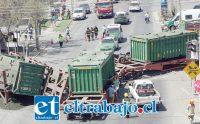 El tren metalero que transportaba concentrado de cobre hacia Ventanas descarriló el pasado 3 de febrero en el sector del puente El Rey en San Felipe.