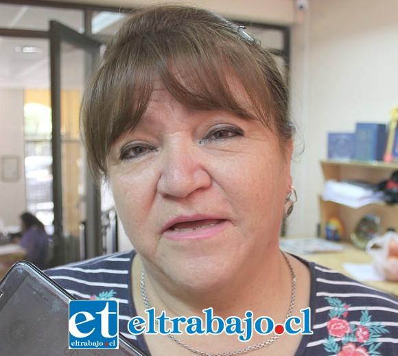 Gladys Bruna, una de las vecinas que asegura estar a nombre de muchos otros vecinos de Villa Bernardo Cruz.