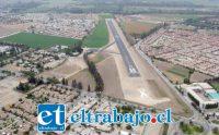 NADA MAL.- Así luce este aeródromo desde las alturas, bien demarcada la pista y menos polvo impidiendo la visibilidad.