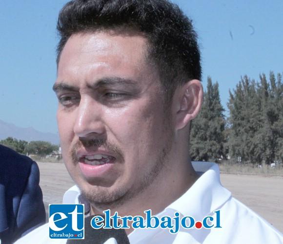 Fernando Tapia, director del Club Aéreo San Felipe.