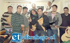 PARA EL DOMINGO.- Esta es la Banda Illaraní, que en lengua Maya quiere decir 'Amor y Paz', proyecto musical nacido en los años 1991-1992, cuando la mayoría de sus integrantes eran alumnos del A3 del Liceo de Hombres de San Felipe.