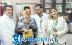 Autoridades de salud realizaron el lanzamiento de la campaña de vacunación en ambas provincias, llamando a la comunidad a inocularse, especialmente mayores de 65 años, embarazadas desde las 13 semanas, menores de 6 meses a 5 años y enfermos crónicos.