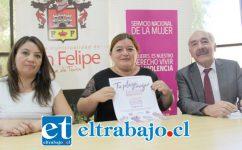 El alcalde Patricio Freire junto a las coordinadoras de la Oficina de la Mujer, Silvana Vera, y del Centro de la Mujer, Carla Izquierdo, se refirieron a las actividades a realizar en el día de la mujer.